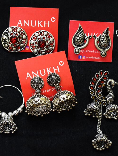 Earrings by Anukh Jewel manufacturer shopping